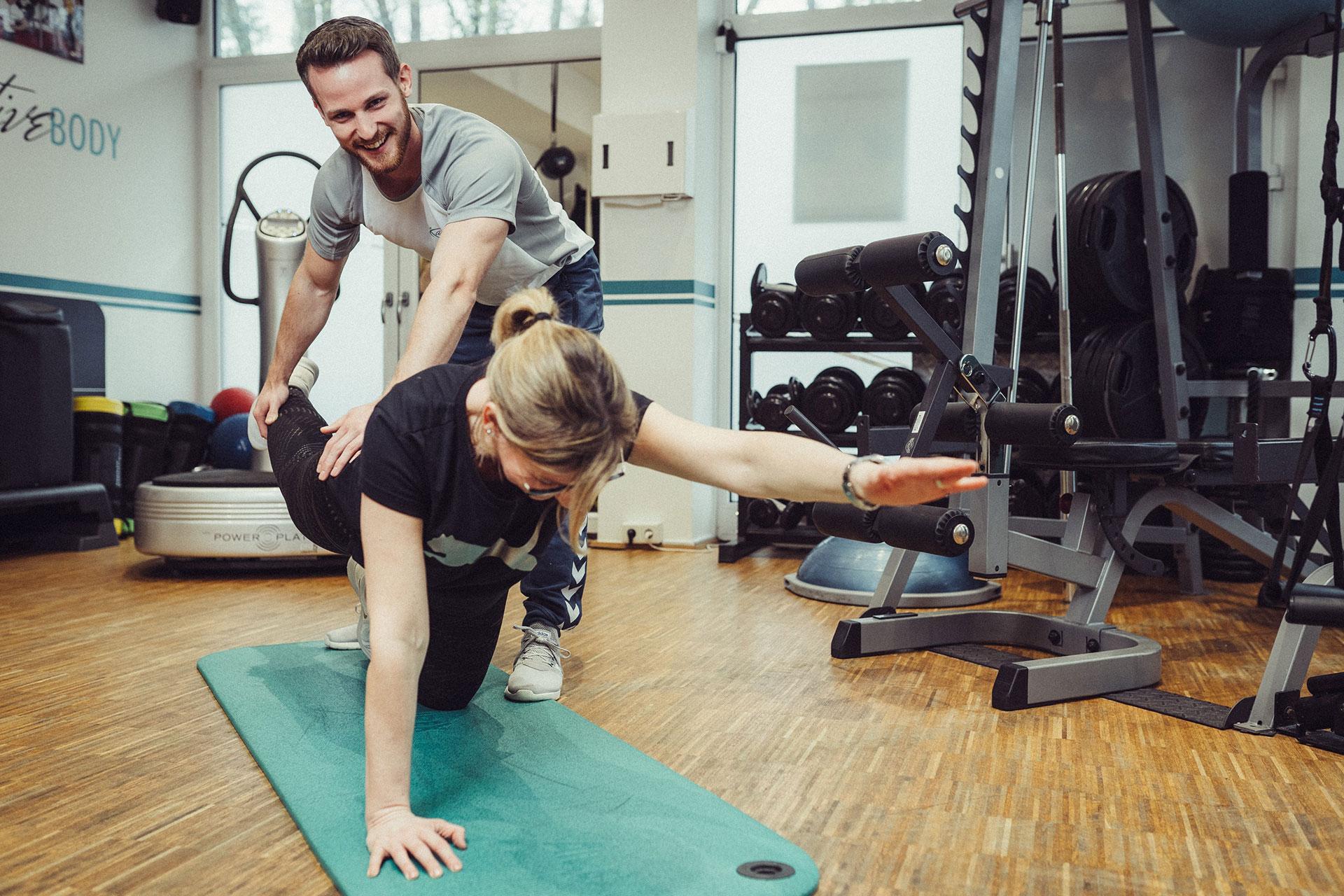 1-active-body-marcus-thormann-bergisch-gladbach_EMS-Training-outdoor-eissauna