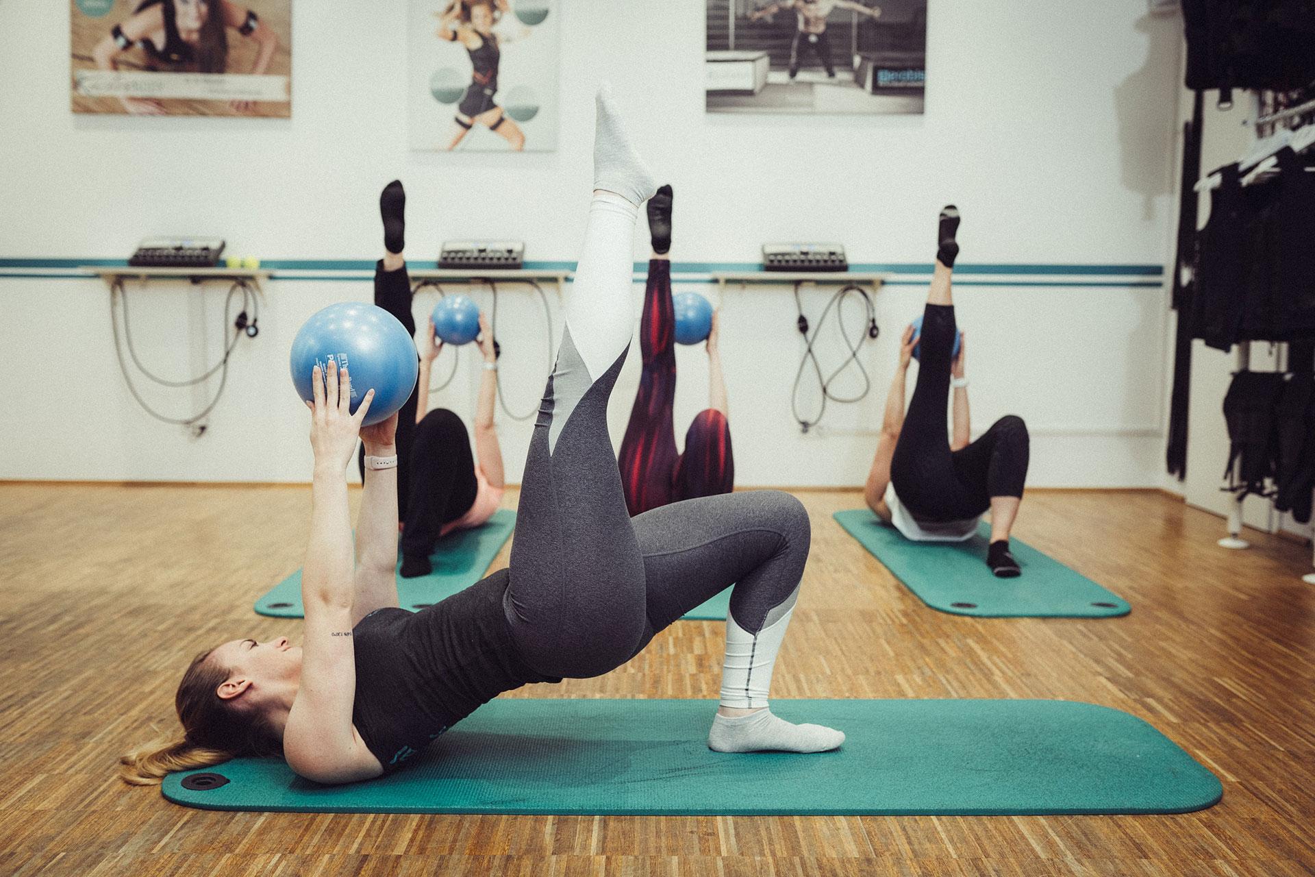 29-active-body-marcus-thormann-bergisch-gladbach_EMS-Training-outdoor-eissauna